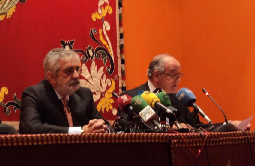 Ramón Valencia comenta la negociación de José Tomás. (FOTO: Javier Martínez)