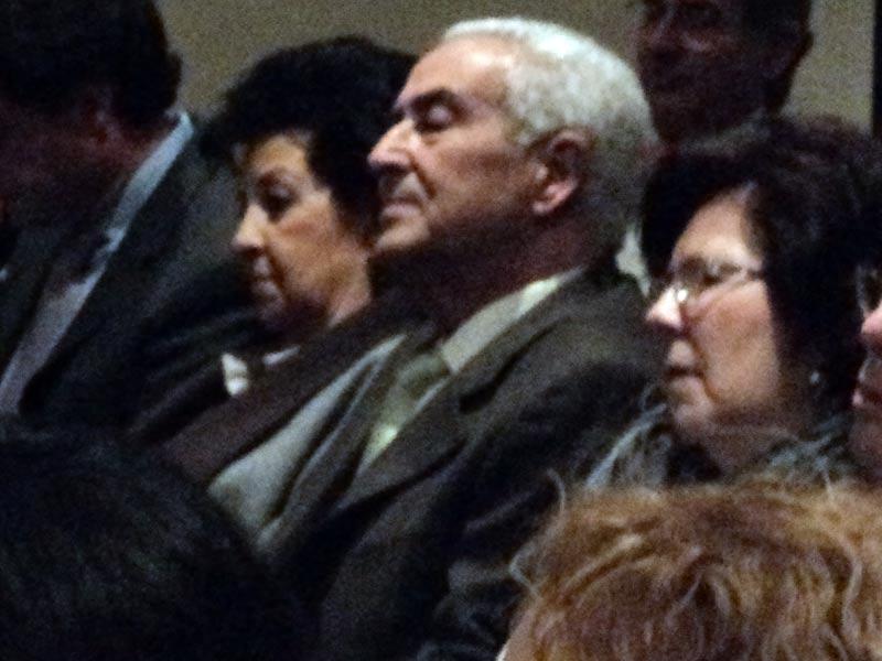 El cirujano taurino sevillano Ramón Vila también quiso estar al lado de Juan José Padilla.
