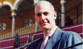 El periodista Ignacio de Cossío dejará de ser abonado de la Maestranza.