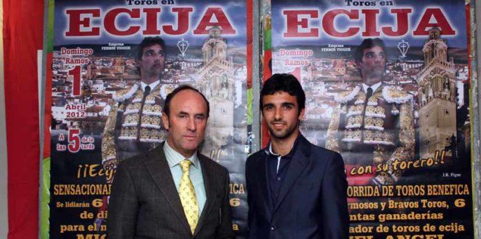 Miguel Ángel Delgado junto a su ya ex-apoderado, Fermín Vioque.