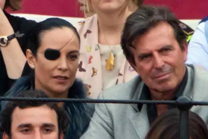 Adriana Eslava, tras conocer en 1987 la pérdida de su ojo derecho, exclamó: 'Para lo que hay que ver en este mundo, con un ojo me basta'. (FOTO: Paco Díaz)