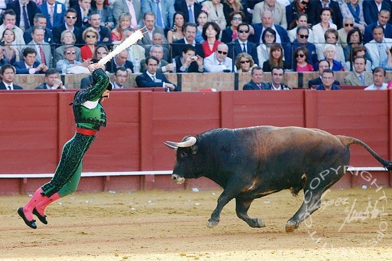 Javier Ambel.