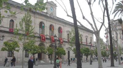 El PSOE no ha apoyado en el Ayuntamiento de Sevilla declarar los toros como Patrimonio Inmateral de la ciudad.