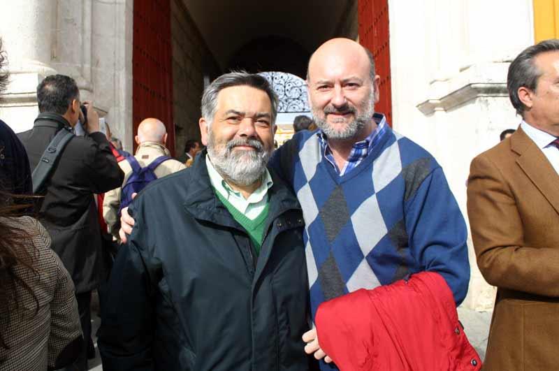 El fotógrafo Fernando Salazar y el periodista taurino Luis Nieto.
