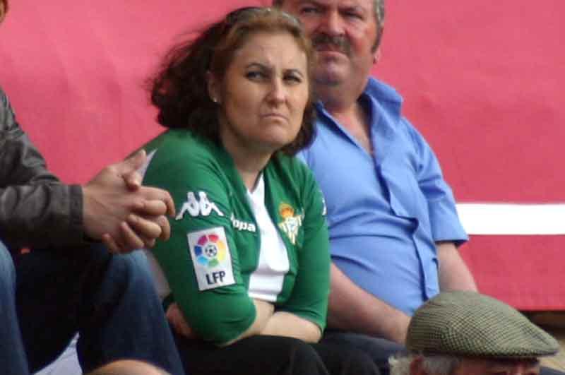 El Betis jugó a las cuatro y ganó... Y del Villamarín a la Maestranza.