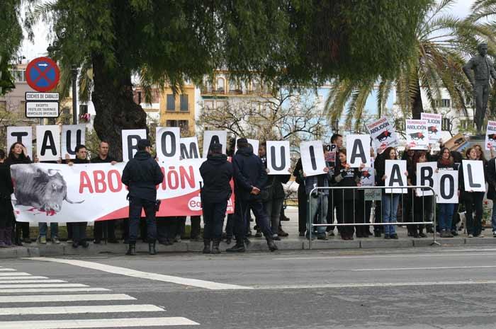 Segunda manifestación de antitaurinos.