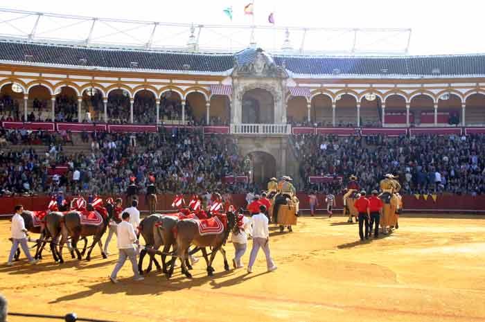 Paseíllo en Sevilla.