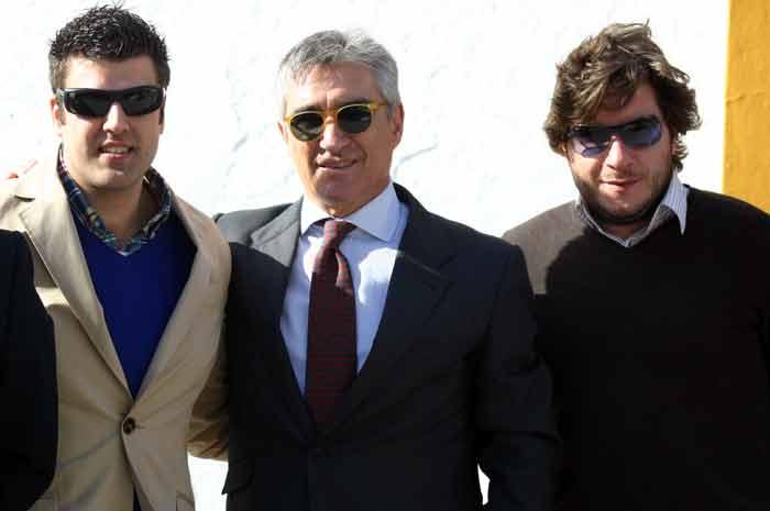 Pepe Cutiño y aficionados extremeños.