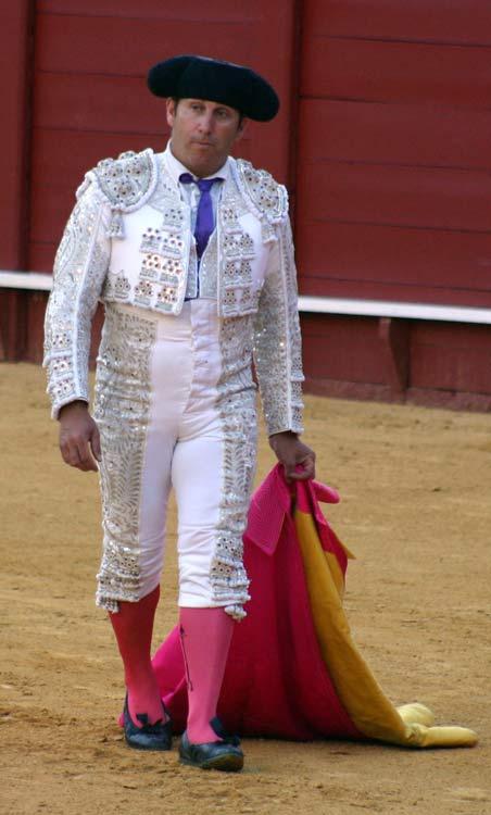 El banderillero José Otero, hechura y formas de banderillero clásico. (FOTO: Javier Martínez)