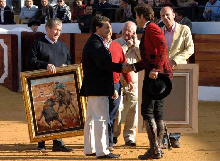 Trofeo para Mendoza por actuaciones anteriores.