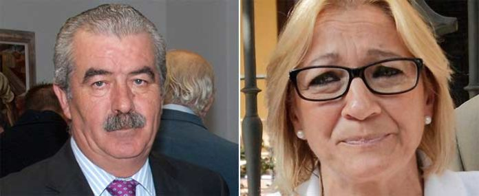 El director general de Espectáculos, Luis Partida, y la delegada de la Junta en Sevilla, Carmen Tovar.
