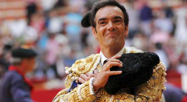 El Cid, feliz esta tarde de triunfo en Zaragoza. (FOTO: Nayade Moncín/mundotoro.com)