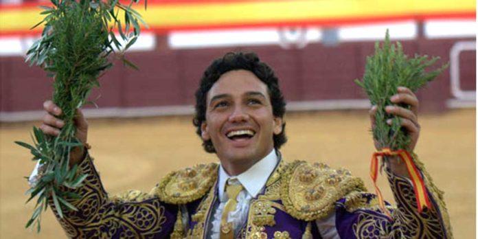 Oliva Soto, esta tarde en Cabeza la Vaca (Badajoz). (FOTO: Gallardo/badajoztaurina.com)