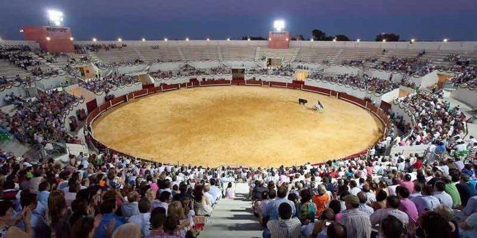 La plaza de toros de Utrera.