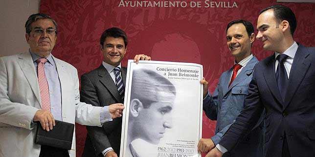 Presentación del cartel del concierto. (FOTO: ABC-Sevilla)