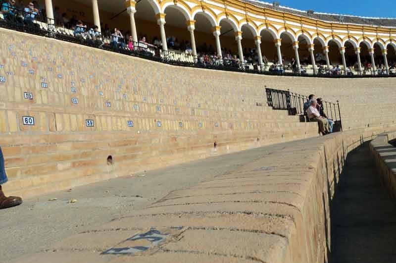 Pero el cemento -o el ladrillo en el caso de Sevilla- sigue siendo desagradable noticia.