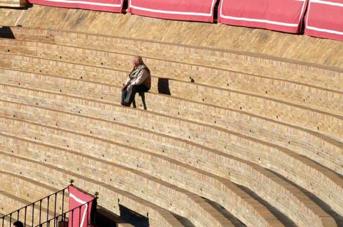 La plaza de Sevilla ha perdido unos 3.000 abonados en cuatro años. (FOTO: Javier Martínez)