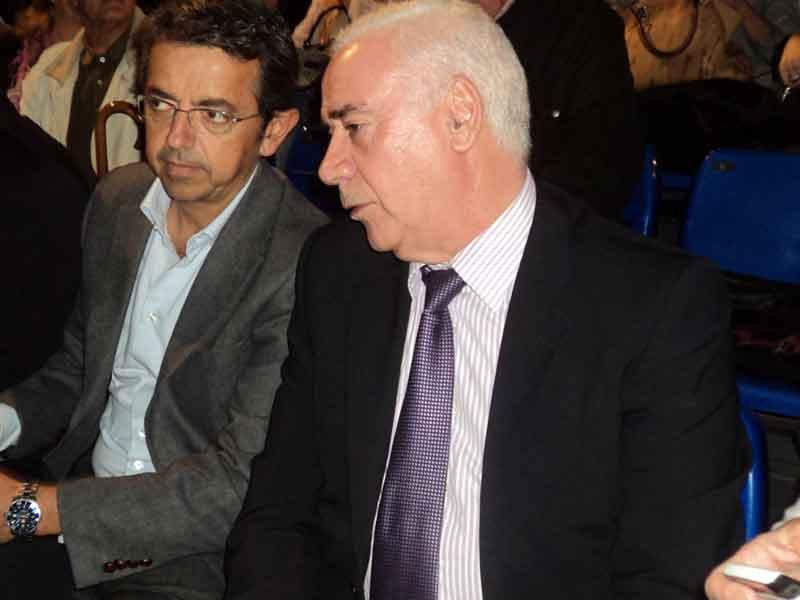 Pablo Carrasco (director general de Canal Sur) y Luciano Alonso (consejero de Cultura de la Junta).