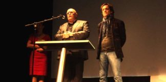 El productor de la película, Rogelio Delgado, y su director, Álvaro de Armiñan. (FOTO: Javier Martínez)
