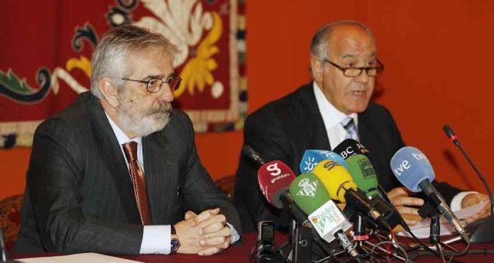 Los empresarios de Sevilla llevan casi 10 años sin reunirse con la Unión de Abonados.