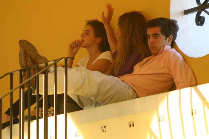 Demasiado aburrimiento en demasiadas tardes en la Maestranza. (FOTO: Javier Martínez).