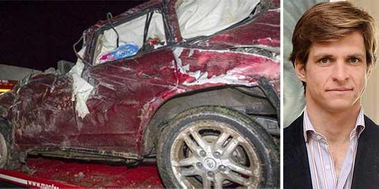 Por el aspecto del coche es un milagro que sólo el torero resultara herido con una fractura de brazo, y su mujer e hijos resultaran sólo con magulladuras.