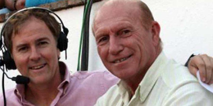 Antonio Ignacio Vargas en una imagen reciente con el periodista Enrique Romero durante una retransmisión para Canal Sur.