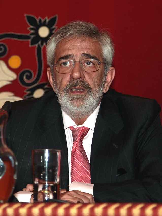 Eduardo Canorea.