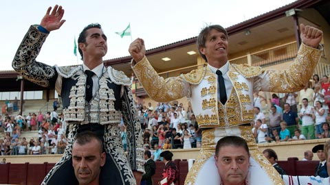 El Fandi y El Cordobés estarán en el festival del sábado 16 de marzo en El Viso del Alcor. (FOTO: mundotoro.com)