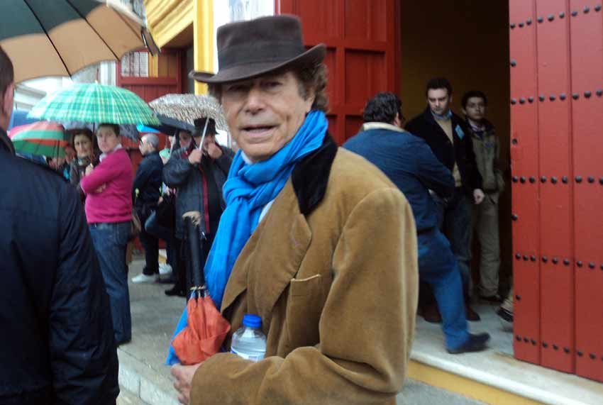 El peculiar periodista Jesús Quintero.