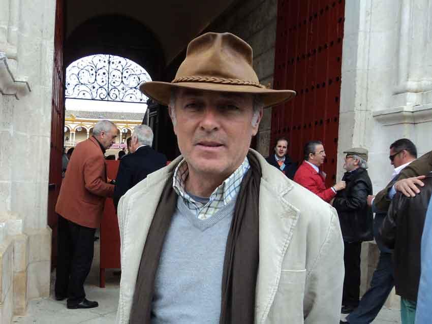 El cantante y aficionado José Manuel Soto.