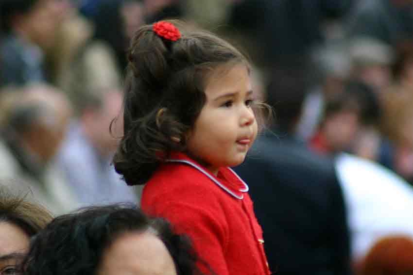 Una muy joven y entusiasmada aficionada.