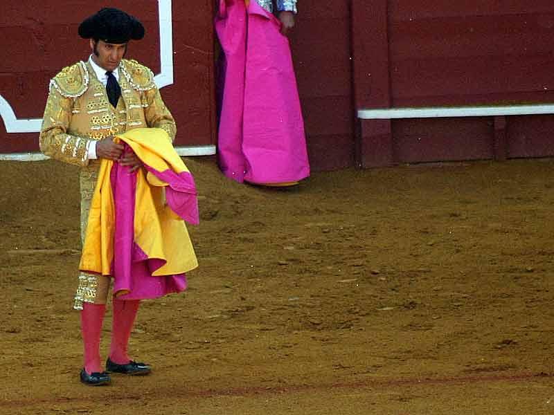 La torería de Morante se desprende en cada gesto.