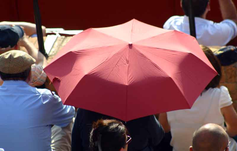 Paraguas contra el calor.
