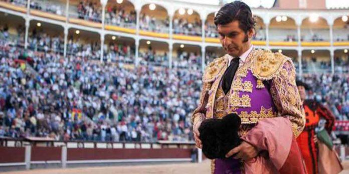 Morante de la Puebla sale de Las Ventas entre pitos esta tarde. (FOTO: las-ventas.com)