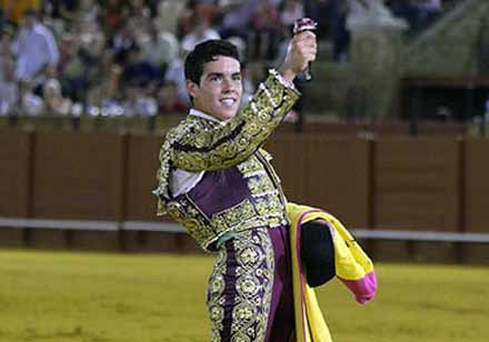 El Manriqueño, triunfador de las novilladas de promoción.