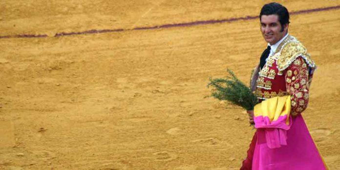 Morante, en su triunfo del pasado viernes en La Merced. (FOTO: Javier Martínez)