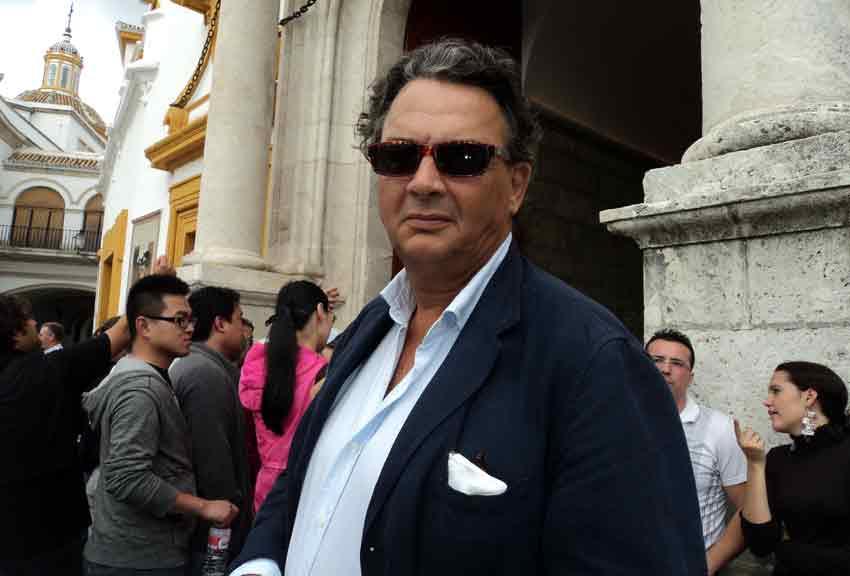 Carlos Núñez.