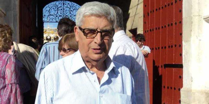 Curro Puya, en sus últimas asistencias a la Maestranza, durante la pasada Feria de Abril. (FOTO: Javier Martínez)
