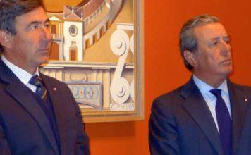 El fiscal de la Real Maestranza, Santiago León, y el teniente de hermano mayor, Javier Benjumea. (FOTO: Paco Díaz)