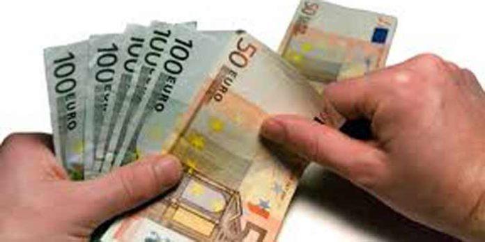 Según el teniente de hermano mayor de la Real Maestranza, la Corporación ingresa cada año unos 5 millones de euros.