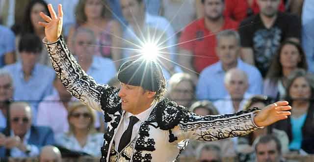 El banderillero sevillano Rafael Cuesta. (FOTO: lopezmatito.com)