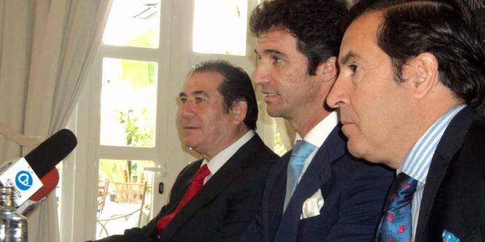 José Luis Cazalla, Luis Vilches y Manuel Vázquez, en la rueda de prensa de hoy. (FOTO: Javier Martínez)