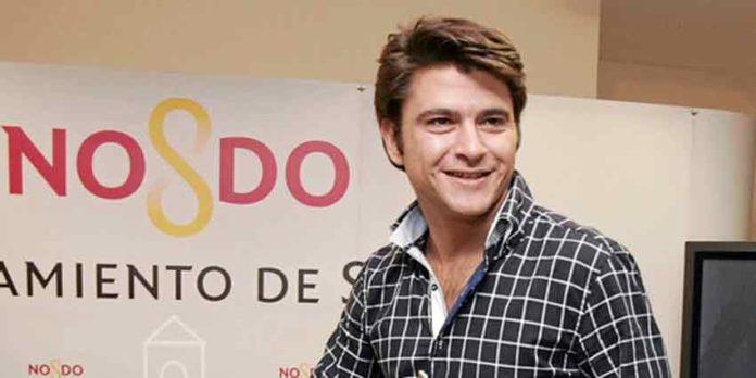 El joven concejal del PP en el Ayuntamiento de Sevilla, Beltrán Pérez, se reunirá con Canorea para que contrate a Borja Jiménez en un mano a mano con Lama de Góngora en la preferia.