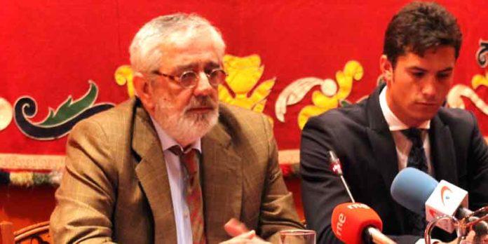 Eduardo Canorea junto a Daniel Luque en la presentación de carteles. (FOTO: Javier Martínez)