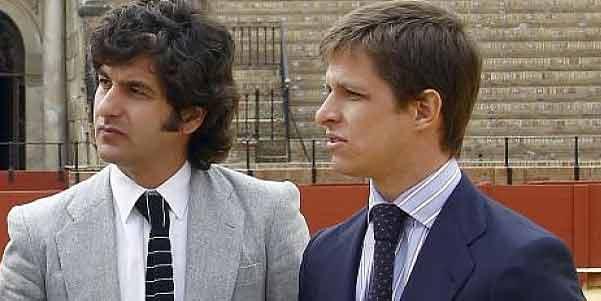 Morante y El Juli podrían encontrarse directamente mañana martes con los empresarios y los maestrantes por primera vez tras el conflicto abierto.