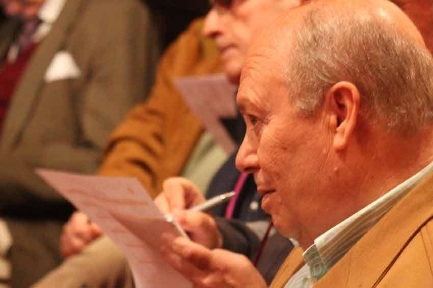 Luis Carlos Peris.