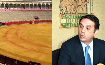 Las rayas de picar de la Maestranza que se 'difuminan' y el delegado de la Junta de Andalucía en Sevilla, Javier Fernández.