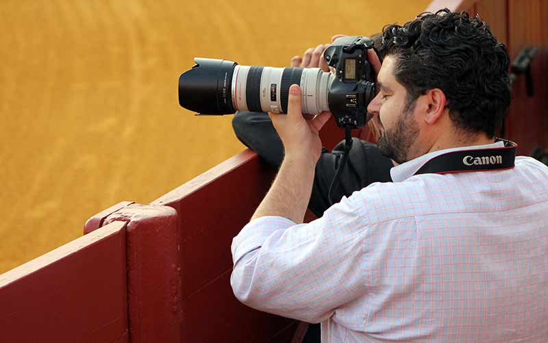 Eduardo López, uno de los mejores fotógrafos taurinos actuales.