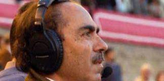 El redactor taurino sevillano Manuel Viera, cuya web personal ha sido atacada y destruida por los antitaurinos.